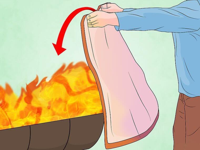 5 minuta koje su ključne pri gašenju požara, baciti prekrivač na vatru