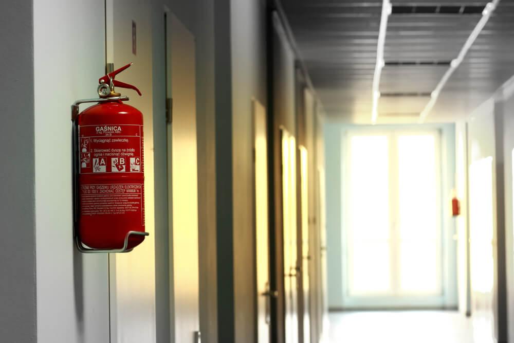 vatrogasni aparat u školi